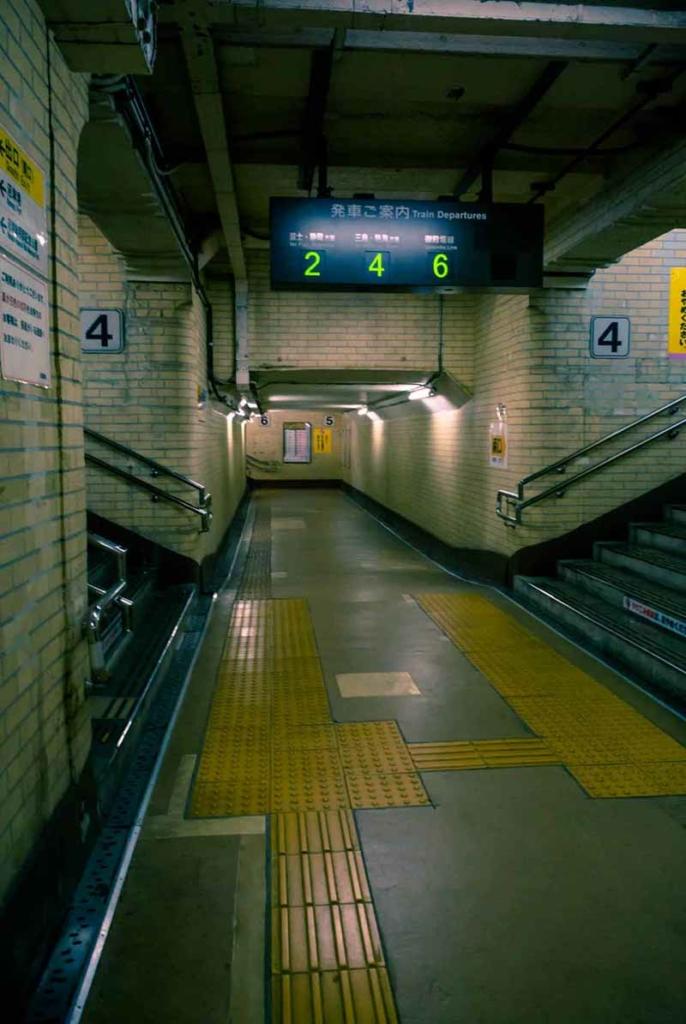 在Blender2.8中实现3d照片级渲染,挑战真实地铁场景